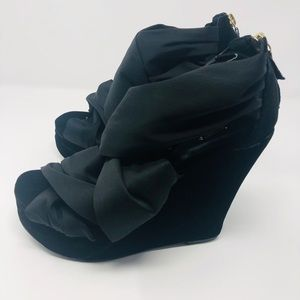 Shoes - Platform Wrap Around Wedge Sandals Size 8.5